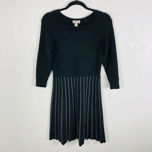 Ann Taylor LOFT Sz XS Black Striped Sweater Dress